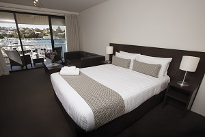 Fremantle Executive Studio Apts