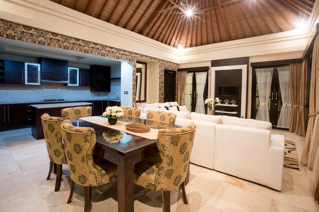 3 Bedroom Villa Petitenget seminyak (4)