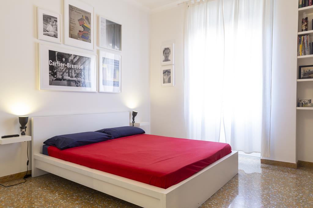 Vatican Apartment Rome Double Bedroom